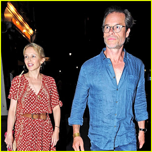 Longtime Pals Guy Pearce & Kylie Minogue Reunite for Dinner