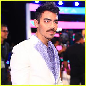 Joe Jonas Rocks a Mustache on MTV VMAs 2017 Red Carpet!