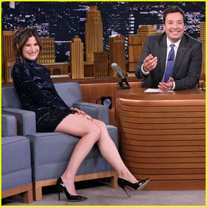 Kathryn Hahn Learned About Her 'Transparent' Emmy Nomination While Popping Her Physique