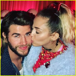 Miley Cyrus Writes Sweet Messages to Liam Hemsworth While He's Away
