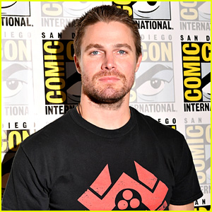 Stephen Amell Responds to Hate He Received for Attending Pride Parade