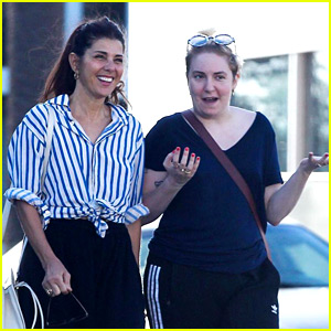 Here's Lena Dunham's Proof That Marisa Tomei Talks to Her!