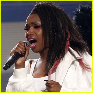 Jennifer Hudson Had a Shoe Thrown at Her While Singing 'And I Am Telling You' - Watch Now!