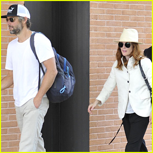 Julianne Moore Touches Down in Venice with Her Husband!