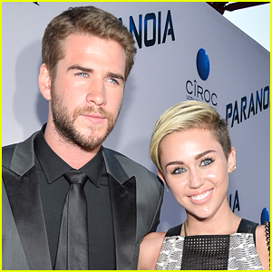 Miley Cyrus Kisses Fiance Liam Hemsworth in Sweet New Photo!