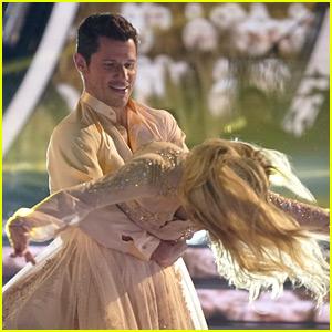 Nick Lachey Foxtrots with Peta Murgatroyd for 'DWTS' Ballroom Night (Video)