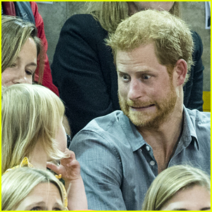 Prince Harry Makes Funny Faces for a Toddler at the Invictus Games!