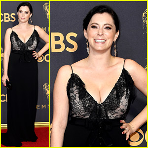 Rachel Bloom Will Perform a 'Song & Dance' at Emmys 2017
