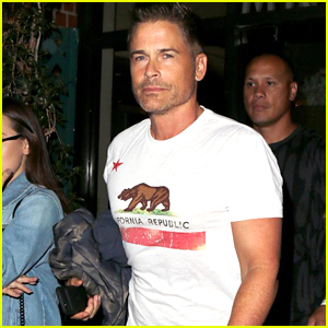 Rob Lowe Shows Off His Buff Biceps at Dinner