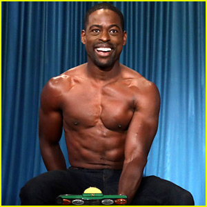 Sterling K. Brown Goes Shirtless for His First 'Ellen' Appearance!