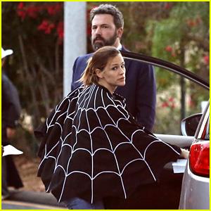 Ben Affleck & Jennifer Garner Get In Family Time on Halloween