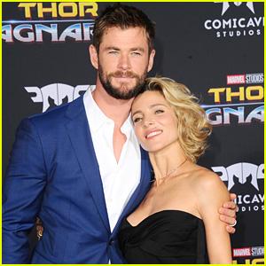 Chris Hemsworth's Wife Elsa Pataky Supports Him at 'Thor: Ragnarok' Premiere!