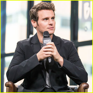 Jonathan Groff Reveals He First Met with David Fincher for Justin Timberlake's 'Social Network' Role