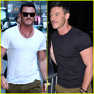 Luke Evans Has Perfected the Tight T-Shirt Look This Week!