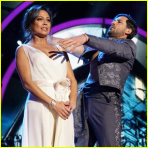 Vanessa Lachey Runs From Zombies During 'DWTS' Halloween Night (Video)
