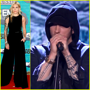 are eminem and skylar grey in a relationship