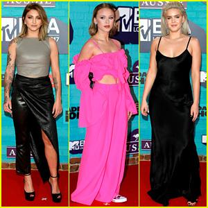 Julia Michaels, Zara Larsson, & Anne-Marie Hit MTV EMAs Carpet Ahead of Performance!