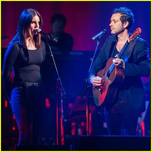 Lana Del Rey, Justin Trudeau & More Celebrate Leonard Cohen at Memorial Tribute Concert!
