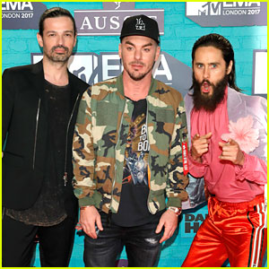 Thirty Seconds To Mars Are Jokesters on Red Carpet at MTV EMAs 2017