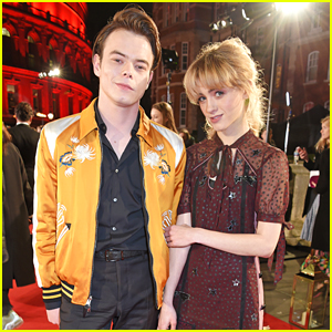 Stranger Things' Charlie Heaton & Natalia Dyer Couple Up for Fashion Awards 2017!