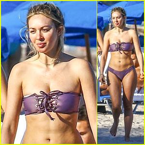 Corinne Olympios Shows Off Her Toned Figure in a Bikini on Christmas Day!