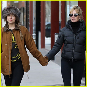 Dakota Johnson & Mom Melanie Griffith Hold Hands in Aspen!
