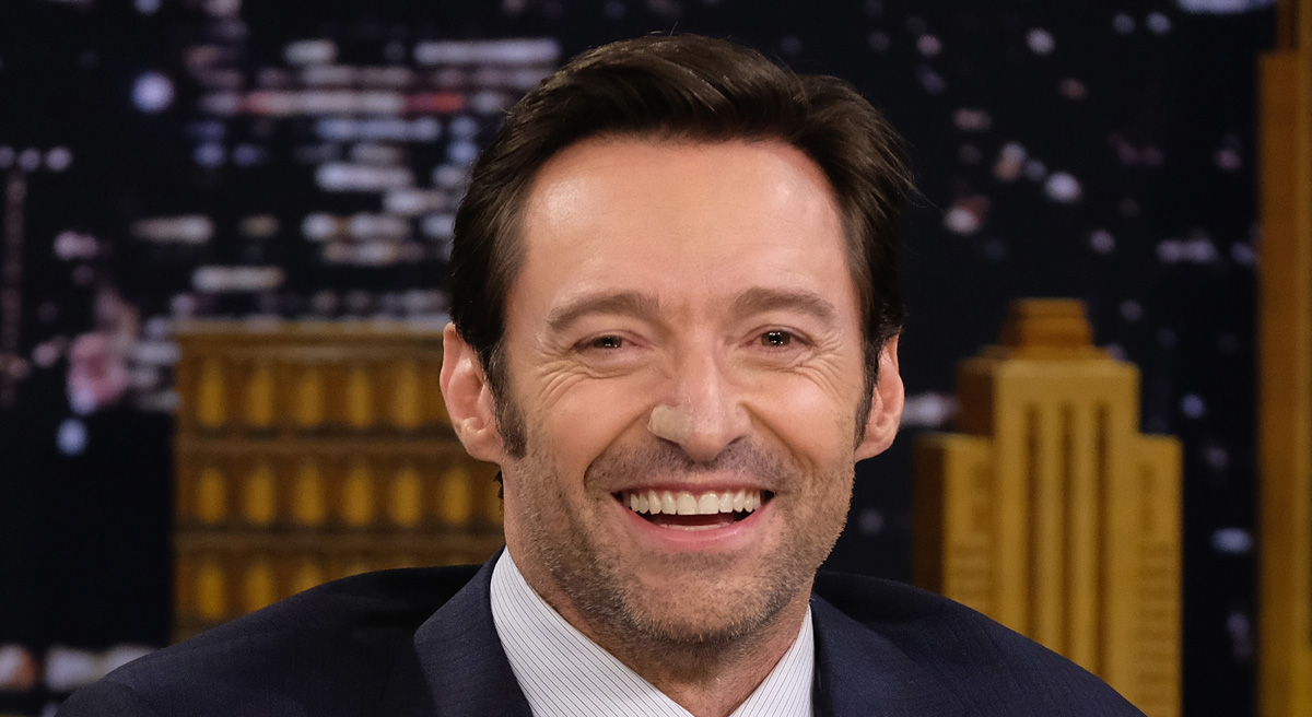 Hugh Jackman Celebrates at Midnight on New Year's Eve in Australia (Video) | 2018 New Year's Eve ...