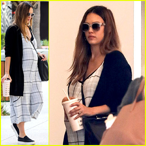 Jessica Alba's Husband Says She's 'So Beautiful' When She's Pregnant