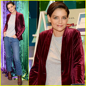 Katie Holmes Lends Helping Hand at Old Navy Deck The Hauls Gifting Pop-Up!