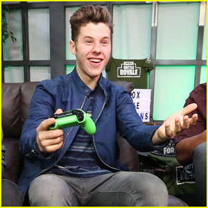 Nolan Gould Joins Xbox Live Sessions to Play Fortnite!