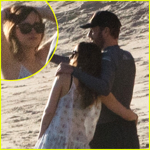 The Dakota Johnson & Chris Martin Beach Photos Are Here!