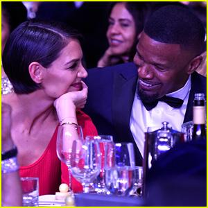 Katie Holmes & Jamie Foxx Puede't Dejar de Sonreír en Clive Davis' Grammys del Partido (Fotos)