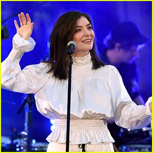 Lorde Seemingly Shades Grammys in New Tweet