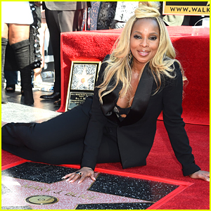 Mary J. Blige Receives Star on Hollywood Walk of Fame!