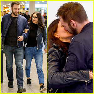 Courteney Cox & Husband Johnny McDaid Share a Kiss in London!