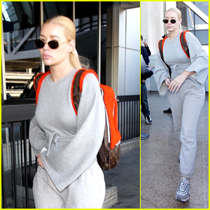 Iggy Azalea Greets Fans While Arriving Back in Los Angeles!