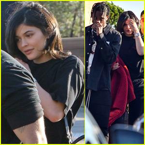 New Parents Kylie Jenner & Travis Scott Grab Lunch in Malibu!