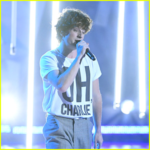 Charlie Puth Performs 'How Long' at iHeartRadio Music Awards 2018 - Watch!