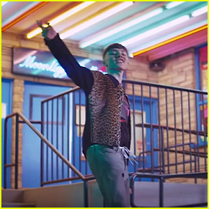 Marteen Debuts Music Video for 'Left To Right' - Watch Now!