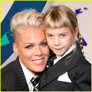 Pink's Daughter Went All Out with Glitter Makeup for Her Concert!