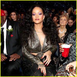 Snapchat's Stock Drops by $800 Million After Rihanna Denounced the App