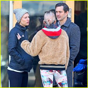 Claire Danes & Hugh Dancy Run Into Sienna Miller in NYC