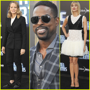 Sterling K. Brown Joins Jodie Foster & Sofia Boutella at 'Hotel Artemis' Premiere!