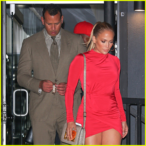 Jennifer Lopez & Alex Rodriguez Look Hot on a Dinner Date in LA!