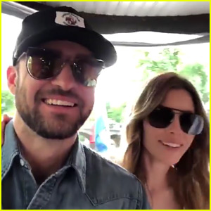 Justin Timberlake & Jessica Biel Tour Amsterdam on a Boat!