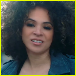 Kandace Springs Drops New Song 'Don't Need The Real Thing' - Watch the Music Video!