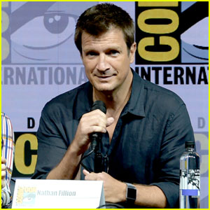 Nathan Fillion Reunites With 'Dr. Horrible' Cast at Comic-Con!