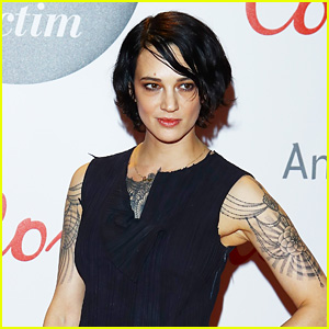 Asia Argento Denies Allegations Made By Jimmy Bennett, Says Anthony Bourdain Paid Him Off