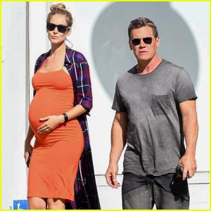 Josh Brolin & Pregnant Wife Kathryn Boyd Grab Lunch in Beverly Hills
