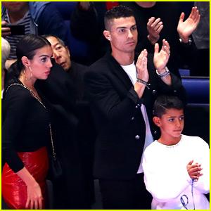 Cristiano Ronaldo Enjoys Family Time in London!